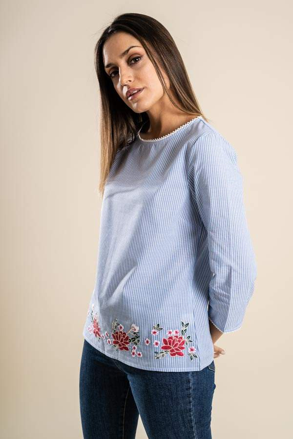 BLUSA RAYAS BORDADO COLOR
